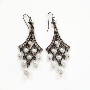 Jewelry - Faux Pearl & Rhinestone Chandelier Earrings!